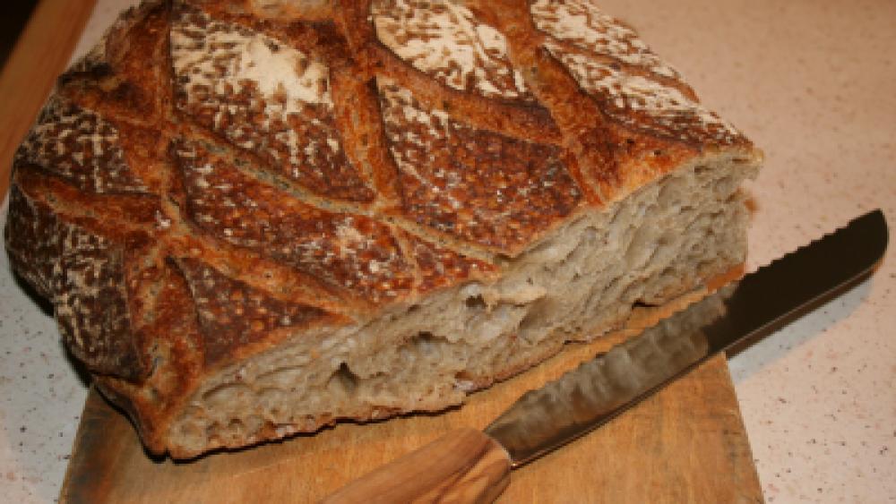 Learn French expression: avoir du pain sur la planche